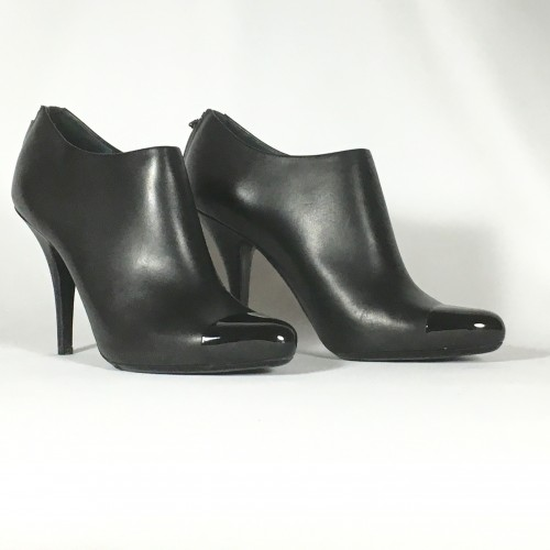 Givenchy boots patent toe
