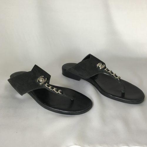 Chanel suede flip flop1