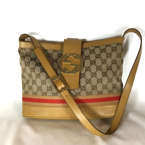 gucci-gg-canvas-houlder-bag
