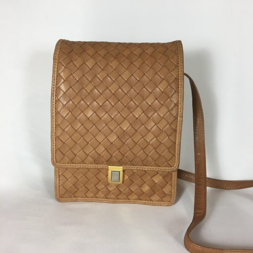 Bottega Veneta messenger bag1