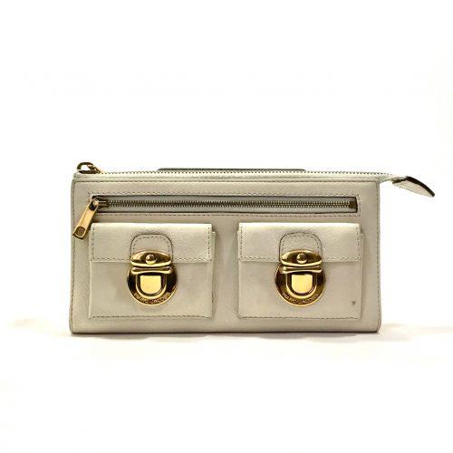 Marc Jacobs pushlock Wallet clutch