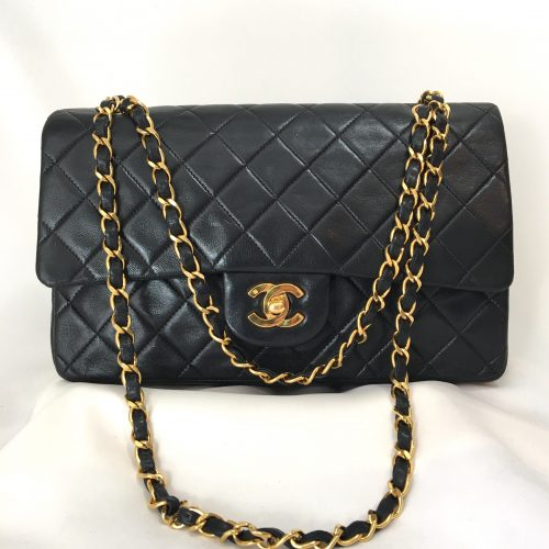 CHANEL Doubel flap shoulderbag size M